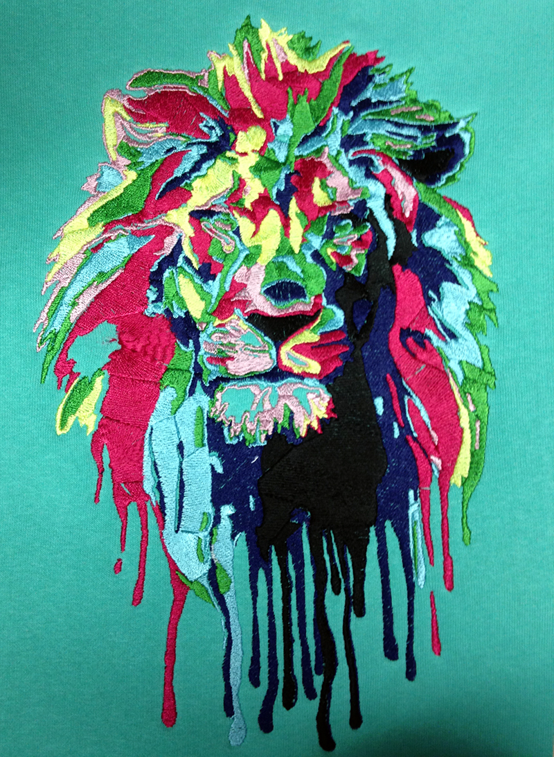 Пример многоцветной вышивки