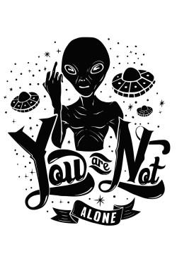 Толстовка с пришельцем, свитшот с пришельцем, футболка с пришельцем You are not alone!